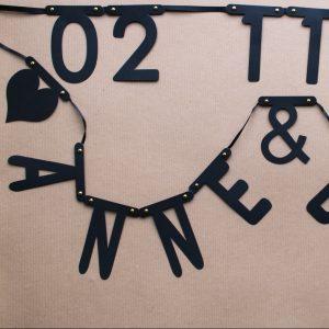 Buchstaben-Girlande